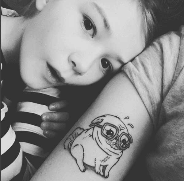 татуировка щенок