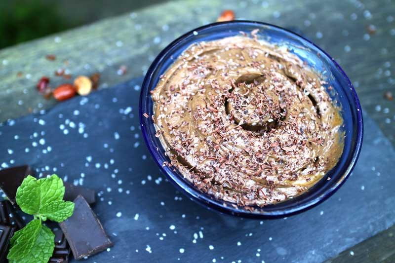 Шоколадный мусс с солью