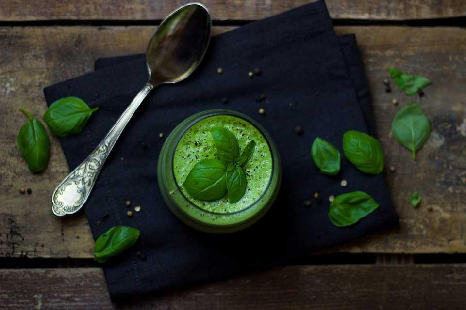 Пюре из брокколи и шпината