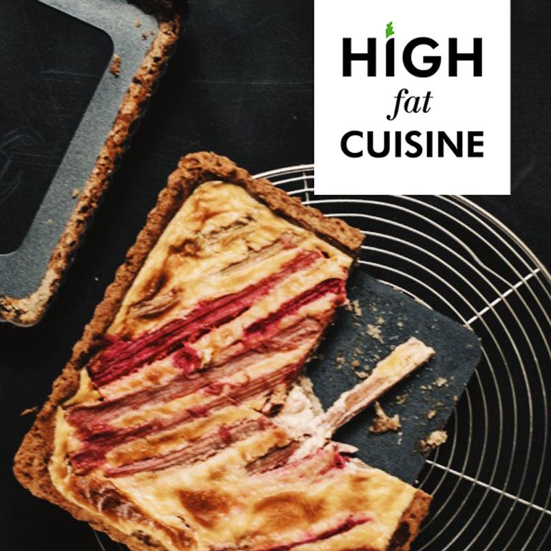 LCHF-пирог с ревенем и заварным кремом